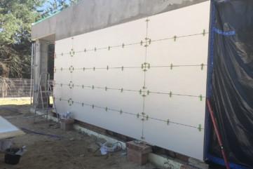 Elewacja Travertino Avorio - ściana