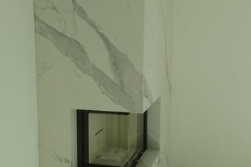 Kominek spiek Bianco Statuario Venato mat