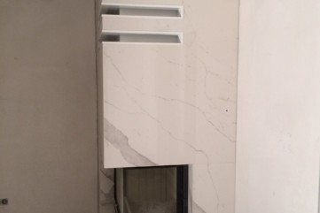 Kominek spiek Naturali Bianco Statuario Venato poler