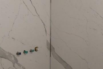 Ściany z Bianco statuario Venato mat