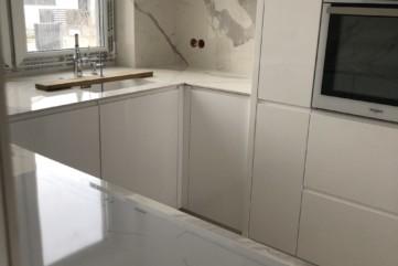 Blaty kuchenne z Bianco Statuario Venato poler