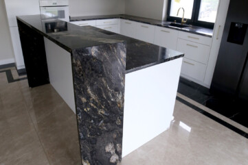 Wyspa kuchenna granit cosmic gold
