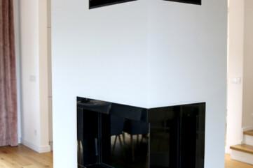 granit jet black kominek